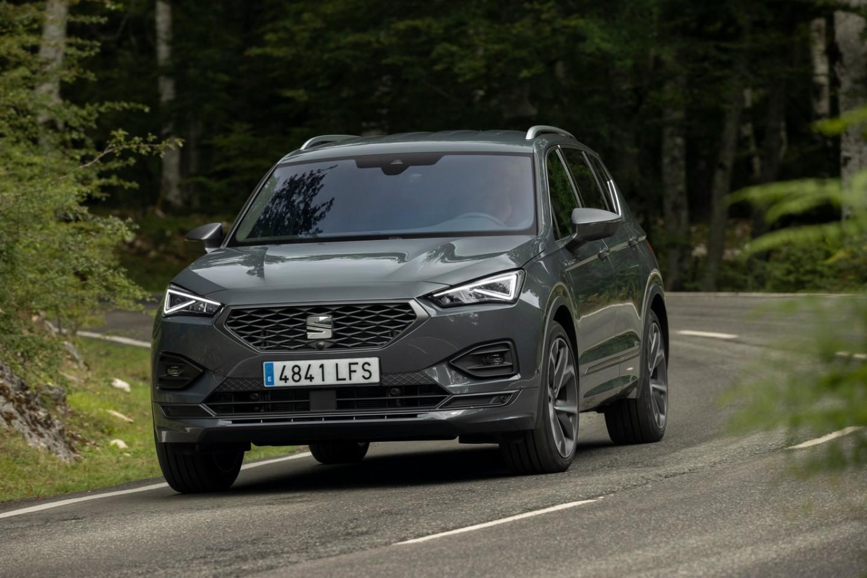 El-SEAT-Tarraco-anade-a-su-oferta-la-version-20-TSI-190-CV-DSG-4Drive_01_HQ